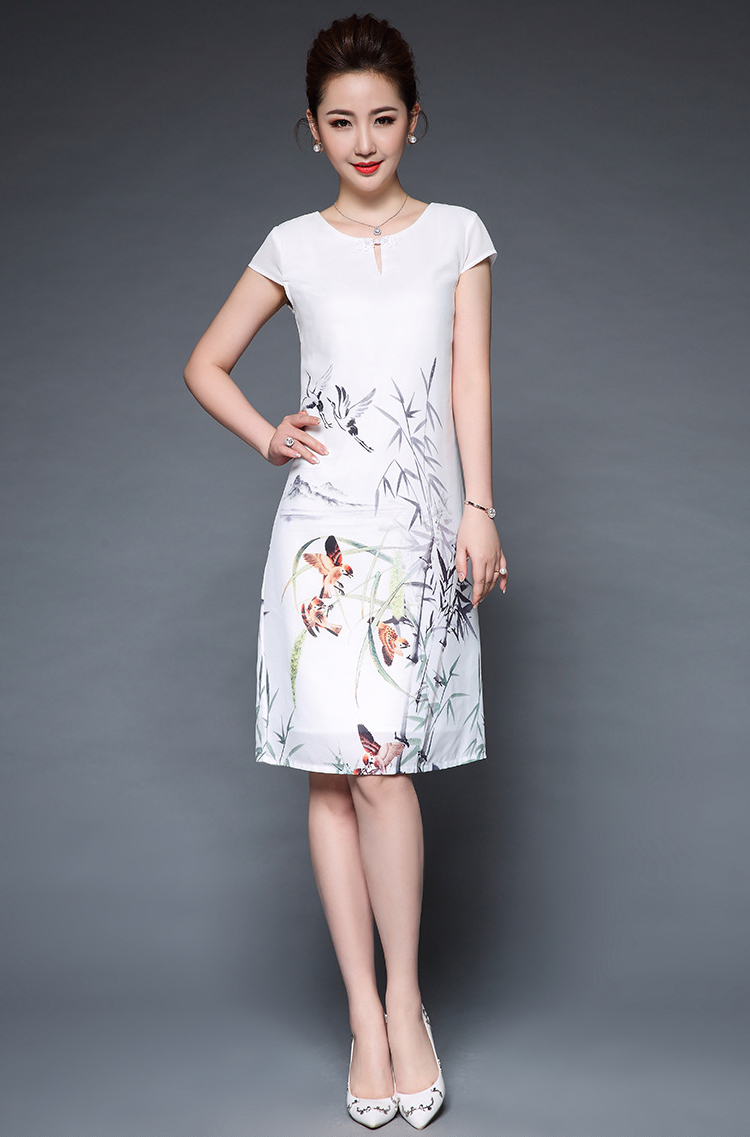 QS15 - Đầm suông Lụa Trắng